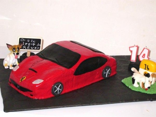gateau anniversaire voiture de sport arts culinaires magiques. Black Bedroom Furniture Sets. Home Design Ideas